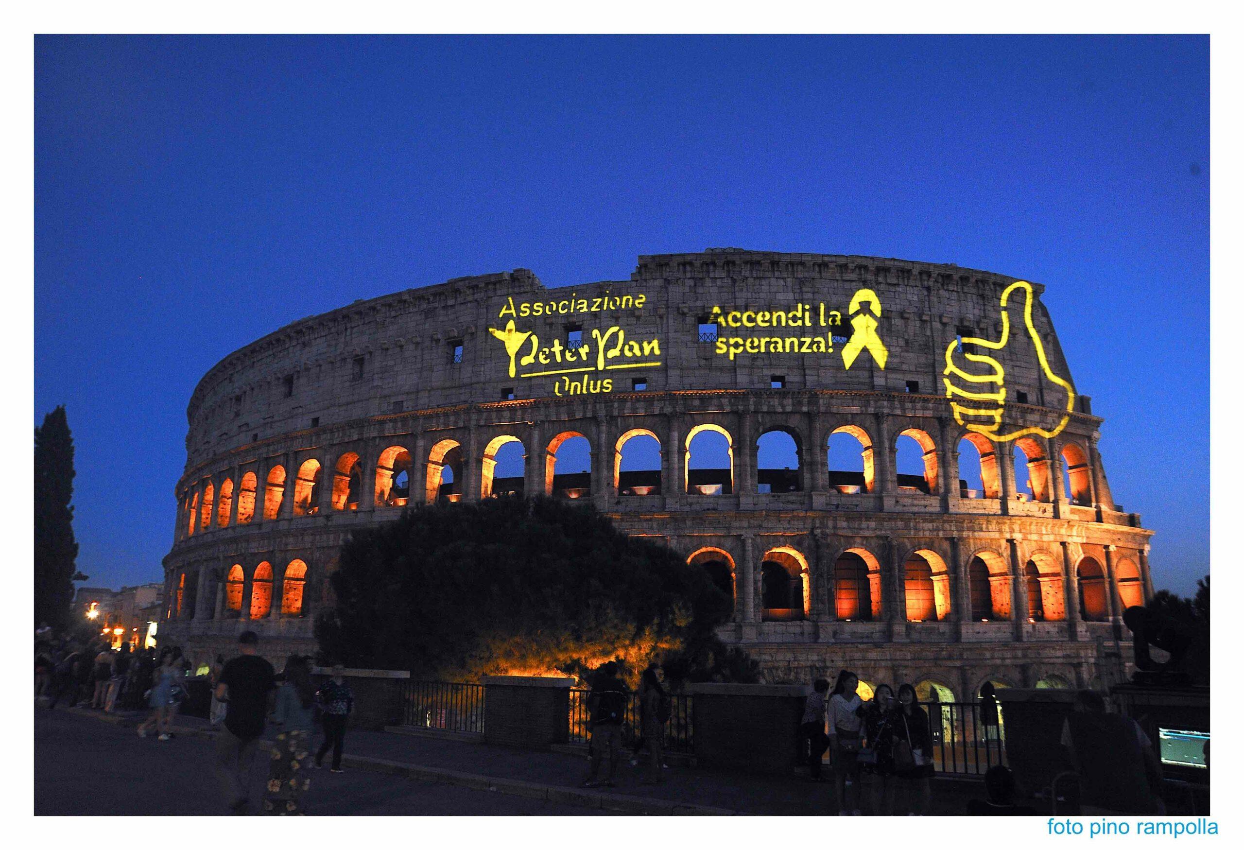 Colosseo Accendi la Speranza Peter Pan Onlus Go Gold